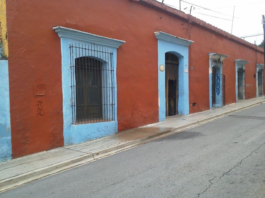 Street view of Casa Giron, Mariano Matamoros #502, Oaxaca Centro
