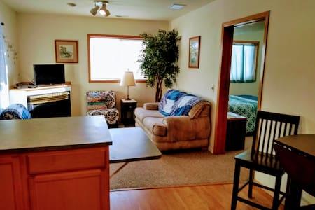 (Apartment)Cozy spot by Silverwood & Coeur d'Alene