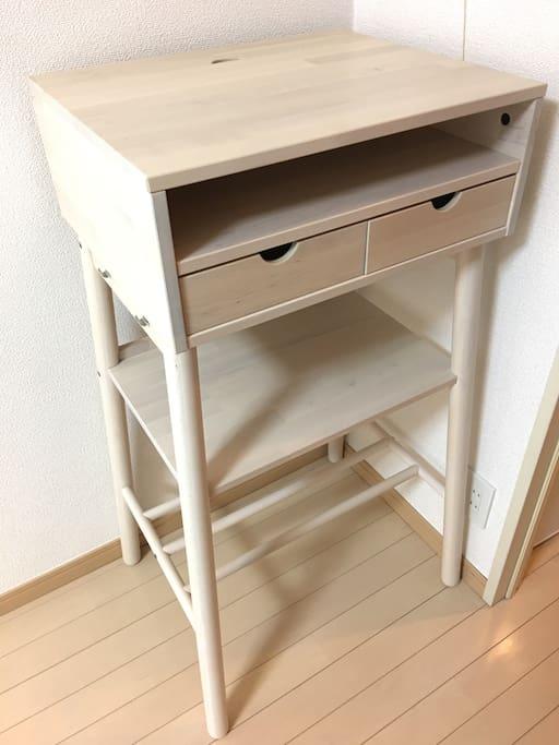 Standing workstation desk for laptop PC or tablet