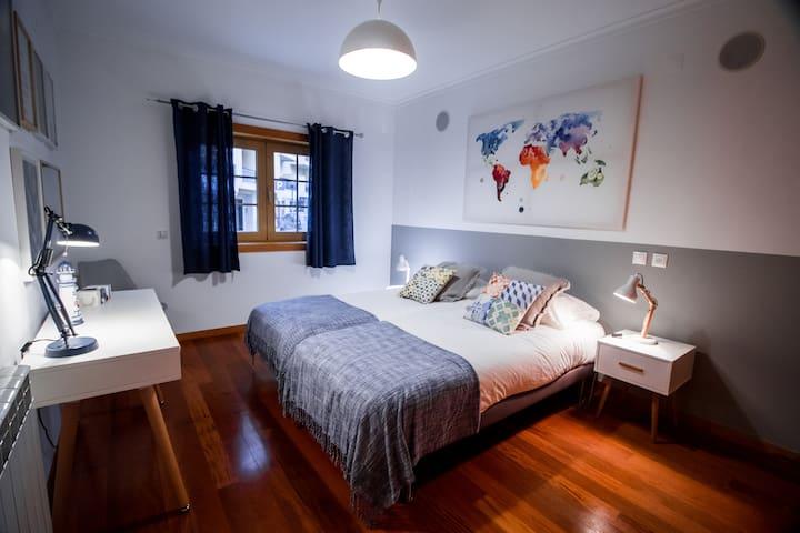 Apartament Room View 1