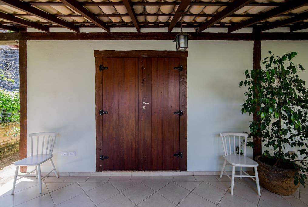Entrada Principal - Varanda - 1 porta