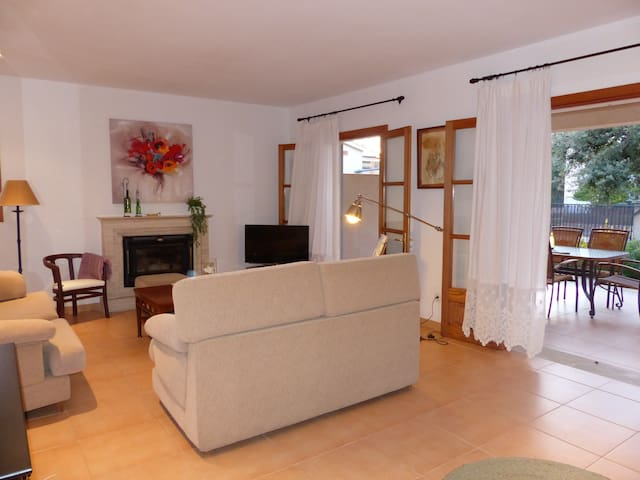 Charming chalet ideal for families or groups - Son Servera - House