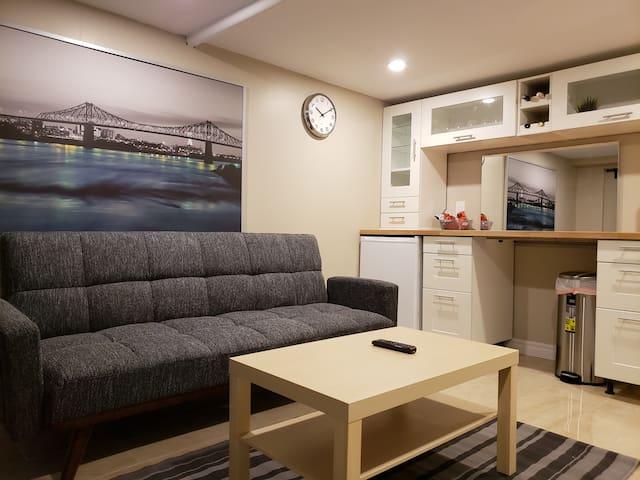 Newly Furnished Hotel Inspired Unit