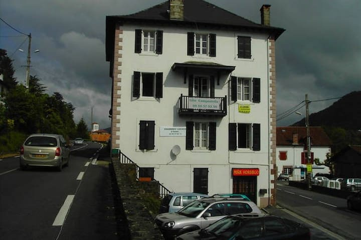 Gîte Compostella ST J P DE PORT 101 - Saint-Jean-Pied-de-Port - Appartement