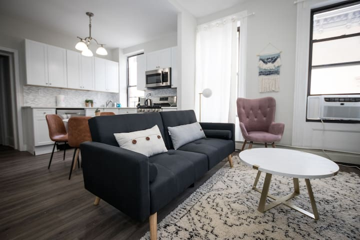 Superbly Welcoming 3 BR on Washington St. near NYC