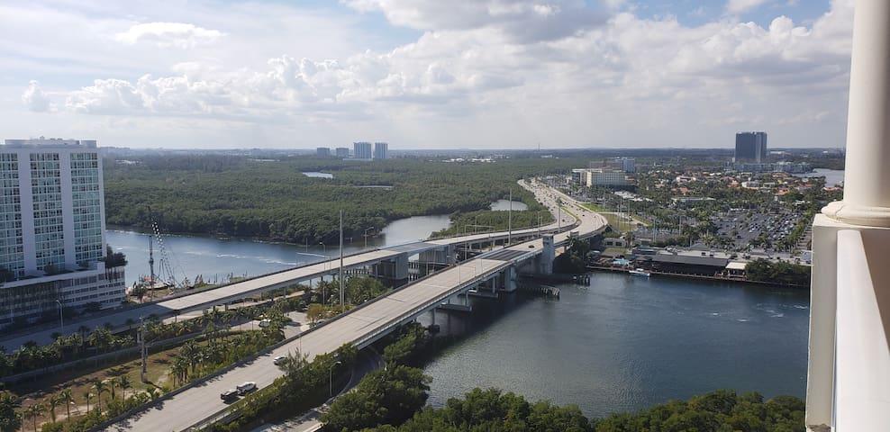 Top Floor Brand New 1BR/1BA Ocean View Condo