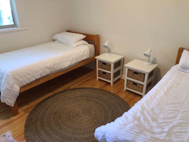 3rd bedroom has extra mattress