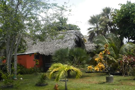 Palmento Grove Lodge - Isiein Cabin - Hopkins