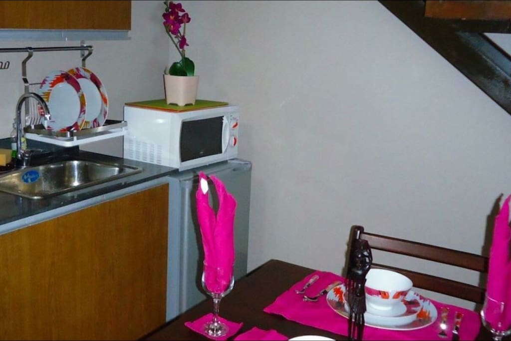 Mini kitchen and dining area