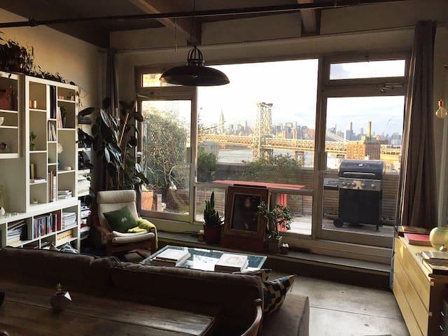 Artist's Loft with Skyline Views - Brooklyn - Loft