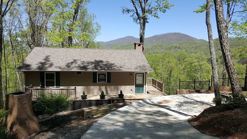 Home with beautiful mountain views - Franklin - Hus