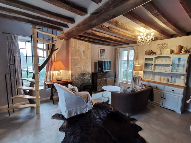 Beautiful, stylish & cosy gite in Normandy, France