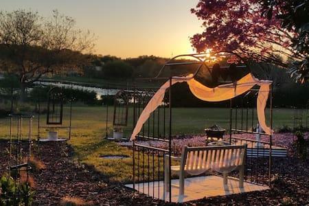 Florida Hills Get-Away - 단독주택