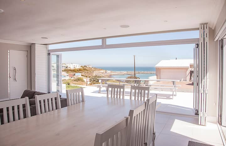 Bella Vista - Yzerfontein harbour & ocean views