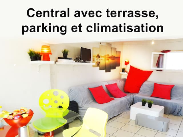 Comédie Panoramic-terrace  PARKING OFFERED  AC