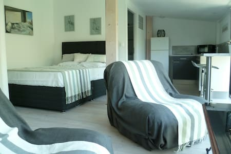 Appartement dans maison proche Cité - 卡爾卡松 - 公寓