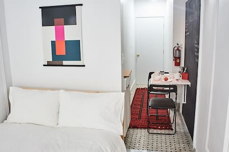 Newly Renovated East Village Private Guest Studio