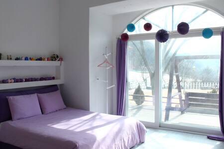 제천시 송계계곡 월악산 아래 첫 집 아기자기 예쁜룸,  깨끗하고  햇살가득한 집