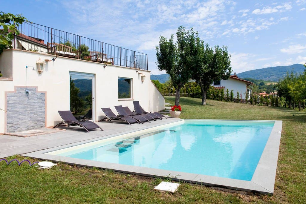 Large pool with great view, shower, BBQ