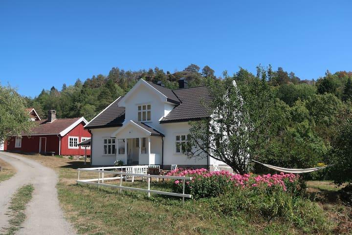 Idyllic old farmhouse by the sea