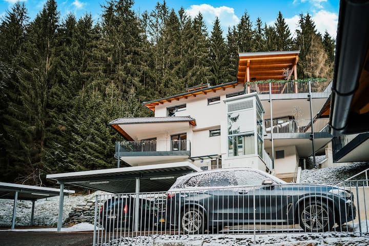 Affluent Penthouse in Bad Kleinkirchheim with Terrace