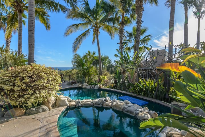 Gorgeous Gated community with Sea of Cortez views.