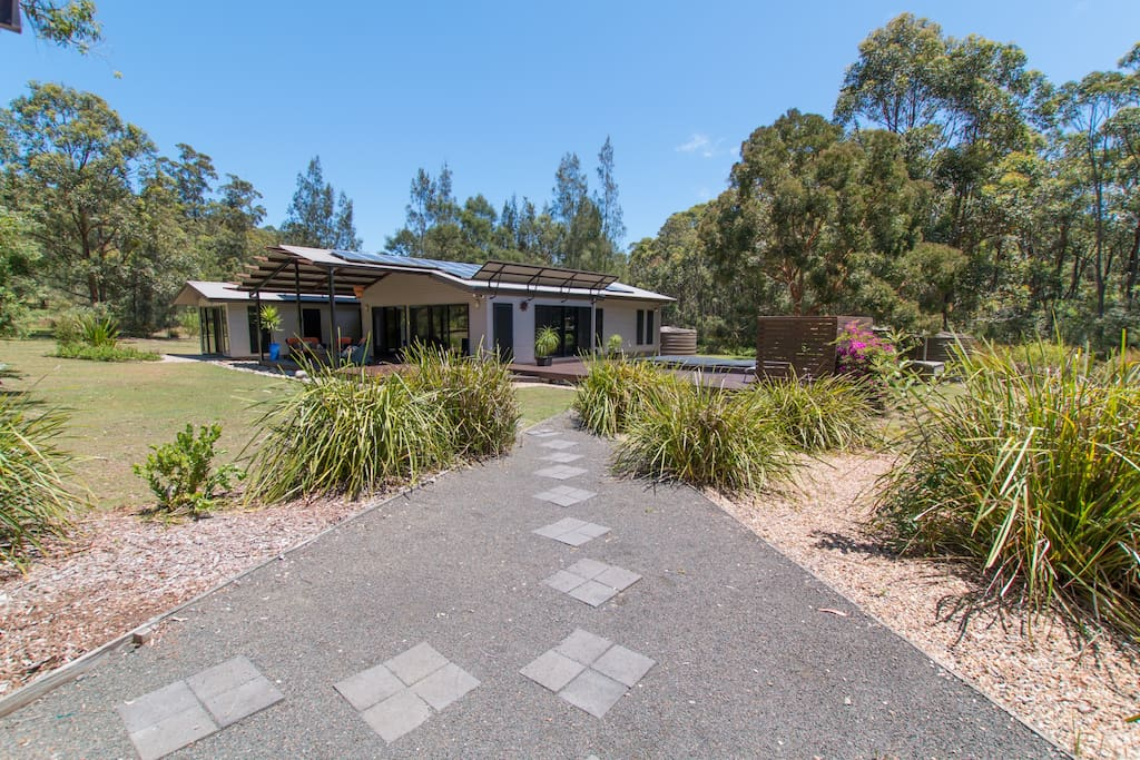 Pathway from carport to The Long Weekend Retreat