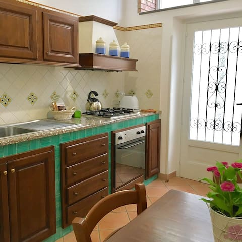 Annex-Maria, 1 bedroom flat in the heart of Amalfi - Amalfi - Apartmen
