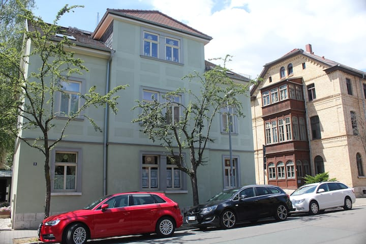 """Altstadt-Apartment No 5"" zentral in Weimar"
