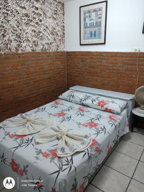 Kit Suíte ( Quarto individual, banheiro e Cozinha)