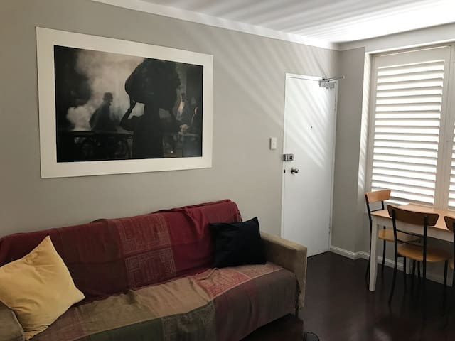 Comfortable Private Apartment Near Everything - Maroubra - Byt