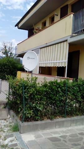 Intero appartamento disponibile vicino Pisa, Lucca