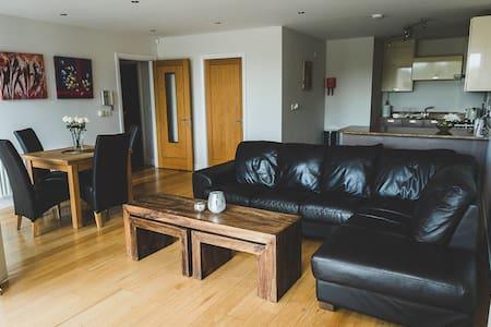 Prestine Modern Apartment