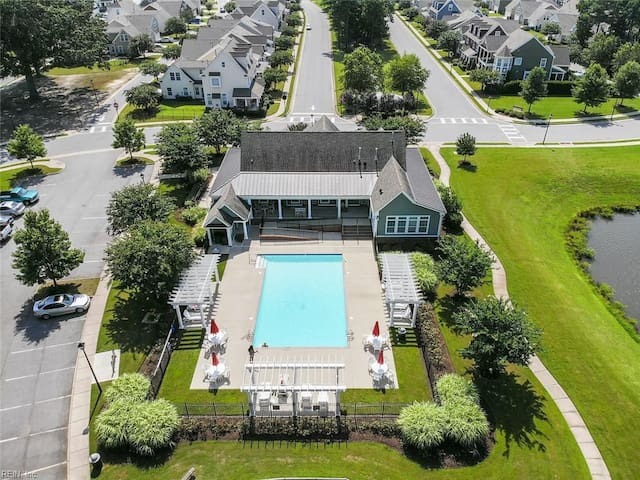 LAKE VIEW W/POOL NEAR OUTLETS IKEA MILITARY BASES!