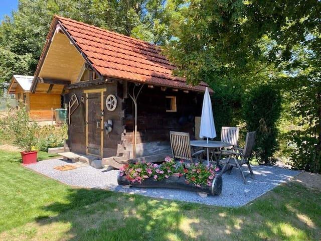 Coquette Micro-maison (entre Albertville- Annecy)