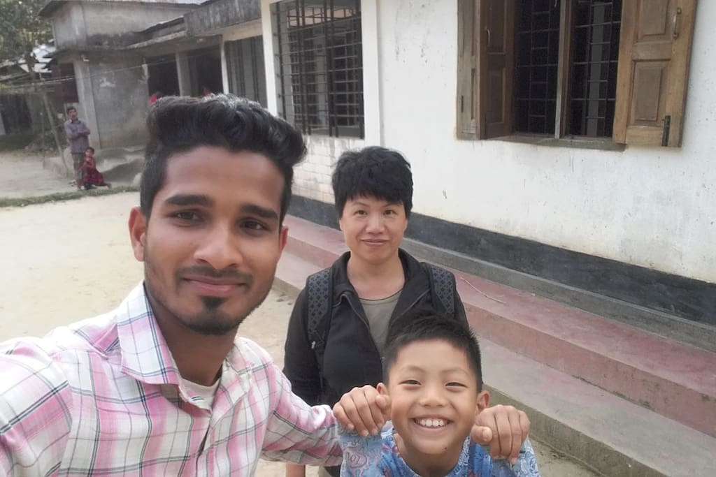 Thaiwan family visit my village house.