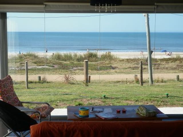 Frente al mar y a los cerros - Santa Ana - Huis