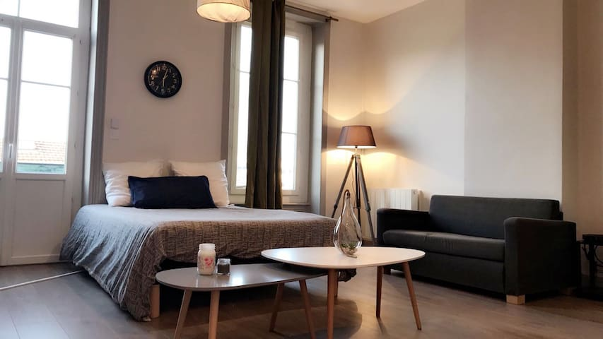 Le Contemporain :Part Dieu, Wifi, Check in H24 - Lyon - Byt