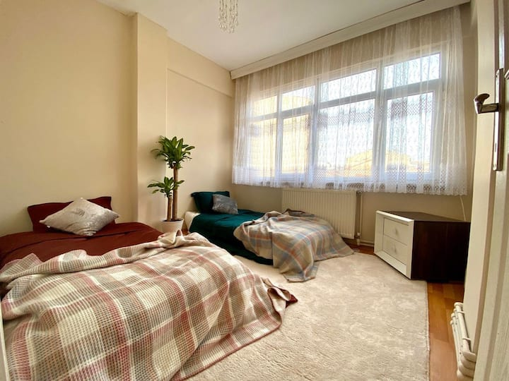 Fatih Clean & sweet Room open view+2 signal bed