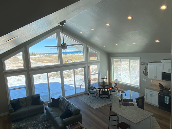 Brand new cabin with open floorplan and great view