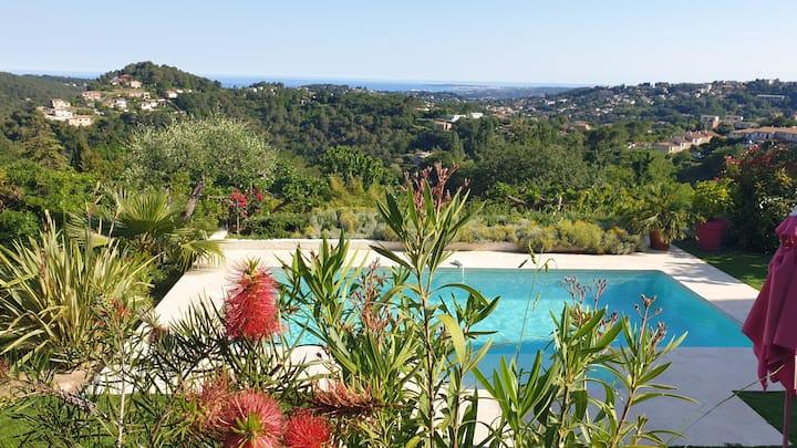 2 ch 2 SB, piscine, belle vue mer, grande terrasse