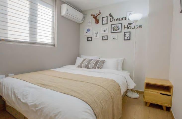 ★JOY HOUSE #1(2 ROOMS + FREE WIFI  Egg+BUDGET)