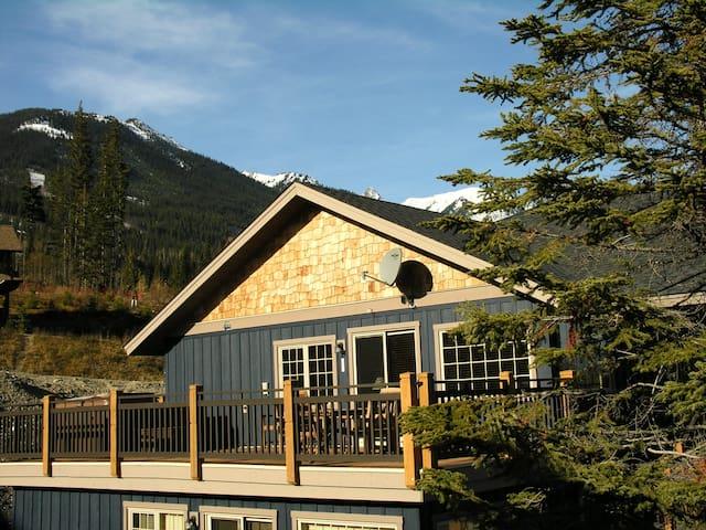 Windfall Lodge