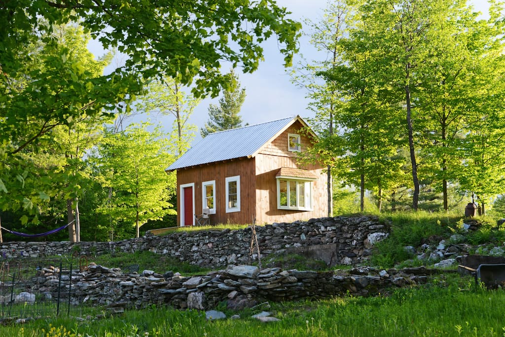 Mountain top cottage with epic view cabins for rent in for Vermont mountain cabins
