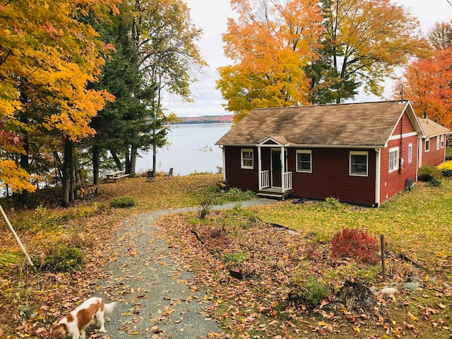 Maxfield Point Cottage on Lake Memphremagog