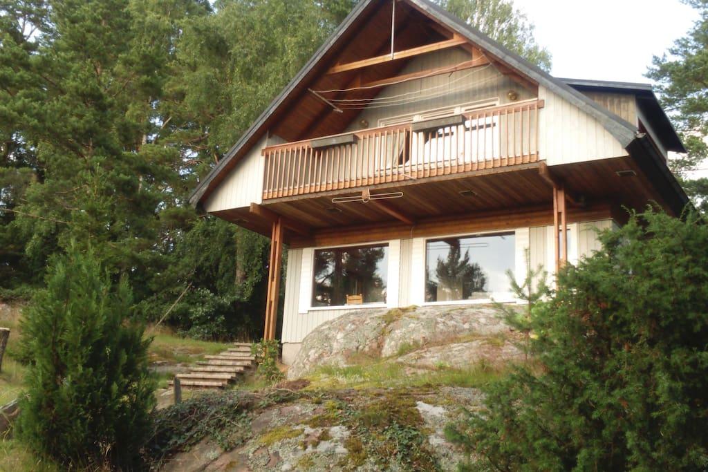 Huset från väster, balkong