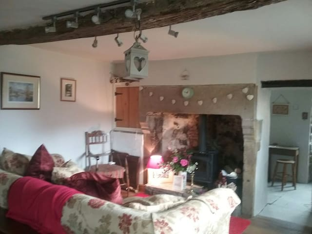 Rose Cottage - Eyam - Hus