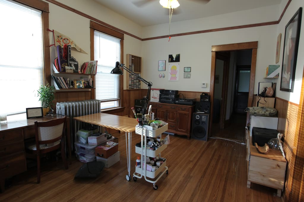 Vintage Logan Square Bedroom Apartments For Rent In Chicago Illinois United States