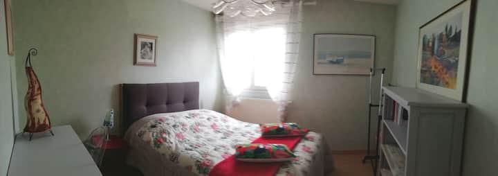 Le cocon, chambre très calme, lumineuse