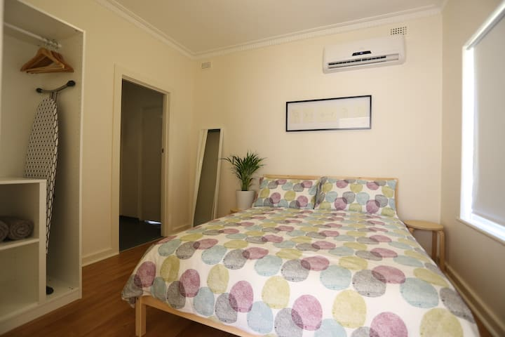 Renovated Homette - Great Location - Plympton - Apartment